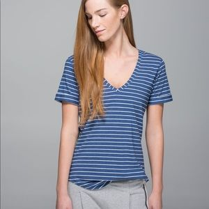 Lululemon Love Tee 2 t shirt size 6